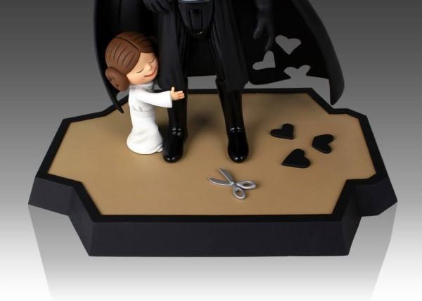 Darth-Vader's-Little-Princess-Maquette-003