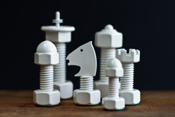 Tool Chess Set 01