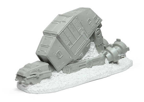 Star Wars AT-AT Lawn Ornament 01